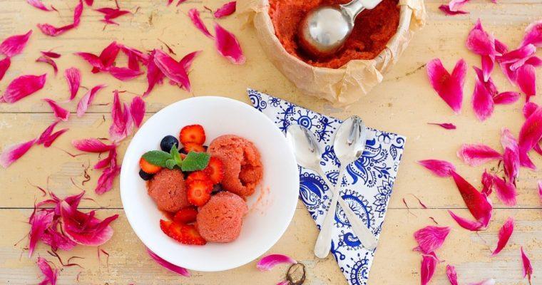 Rebarborová zmrzlina svůní malin