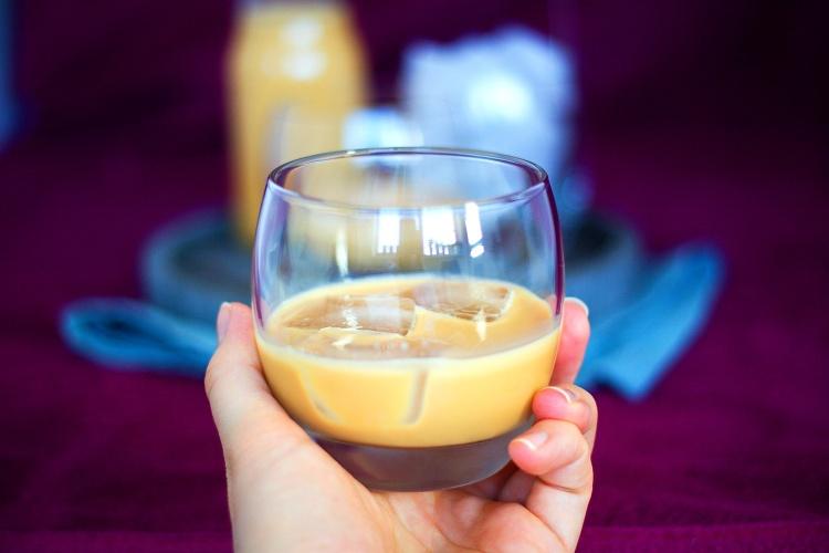 Domácí karamelový likér