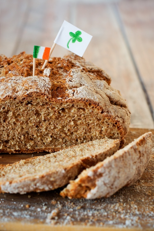 Celozrnný irský sodový chléb