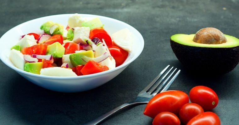 Letní salát savokádem