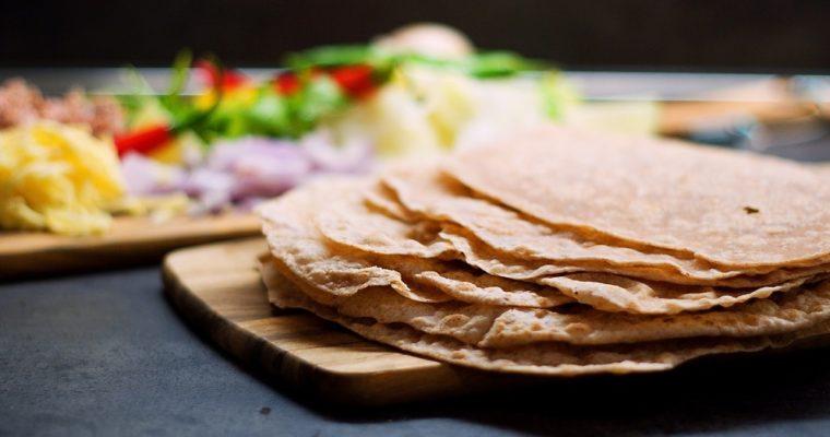 Domácí celozrnné pšeničné tortilly
