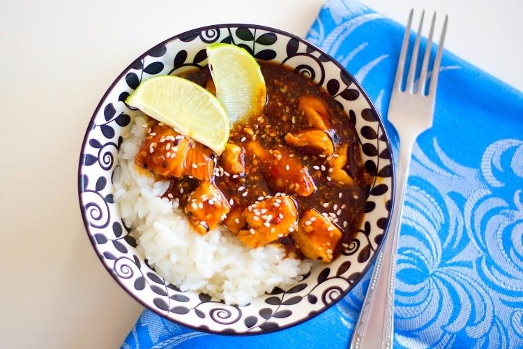 Pikantní kuřecí kousky po asijsku